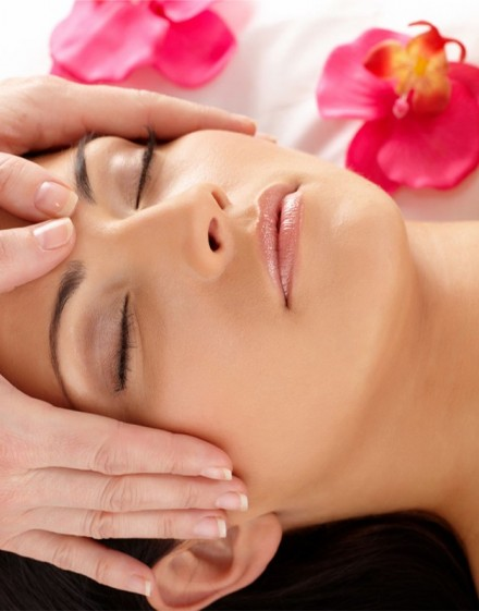 Accès découverte + Masque de beauté + Massage du visage d'une durée de 30 minutes